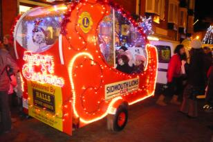 Santa\'s float at the Sidmouth Late Night Shopping event - 3 December 2010